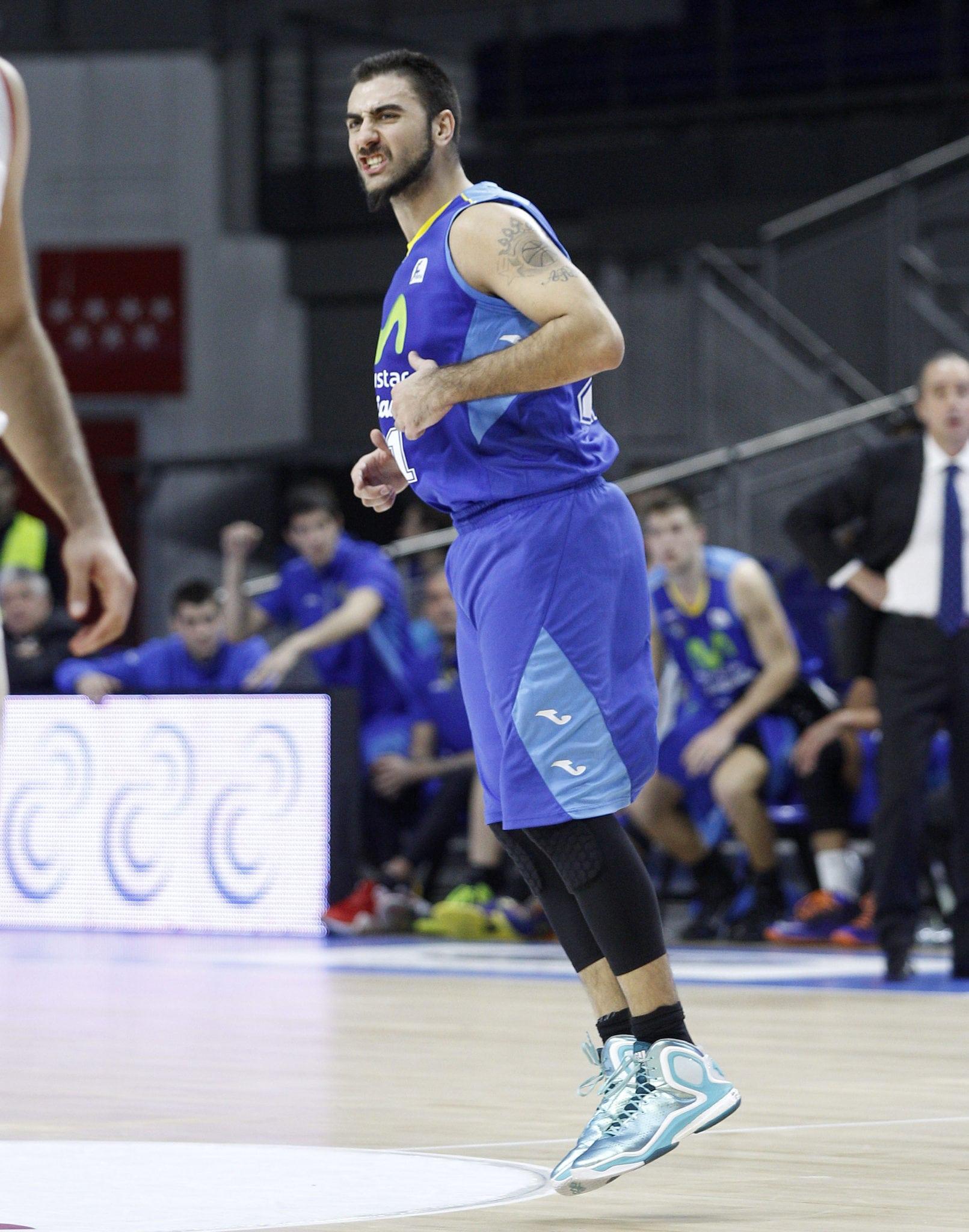 """Pietro Aradori: """"Sé que esta victoria era importante"""". Slokar: """"las dos victorias seguidas ayudarán a nuestra mentalidad"""""""