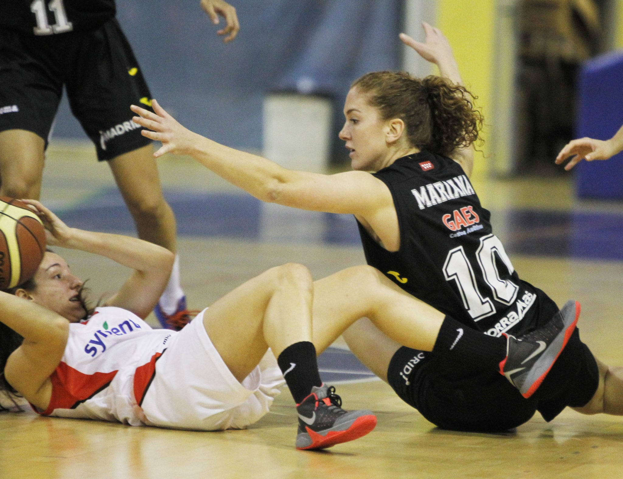 LF2: Un mal comienzo y la exhibición de Eetisha Riddle provocan la derrota en Almería