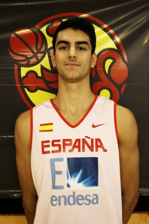 Jacobo Díaz lidera a España U19M en el paso a cuartos del Mundial (60-67)