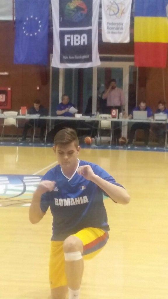 El cadete Marcos Moldovan, con la selección de Rumanía