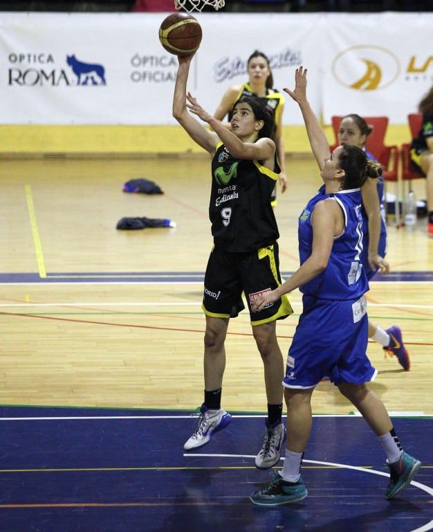 """Las """"women in Black"""" se dejan la victoria en un partido atípico (66-61)"""