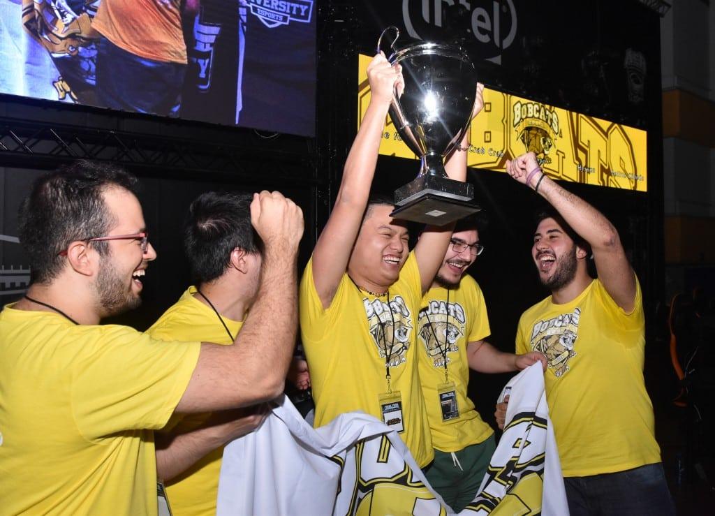 Magariños corona a los campeones de eSports