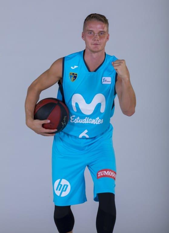 Hakanson, 100 partidos ACB