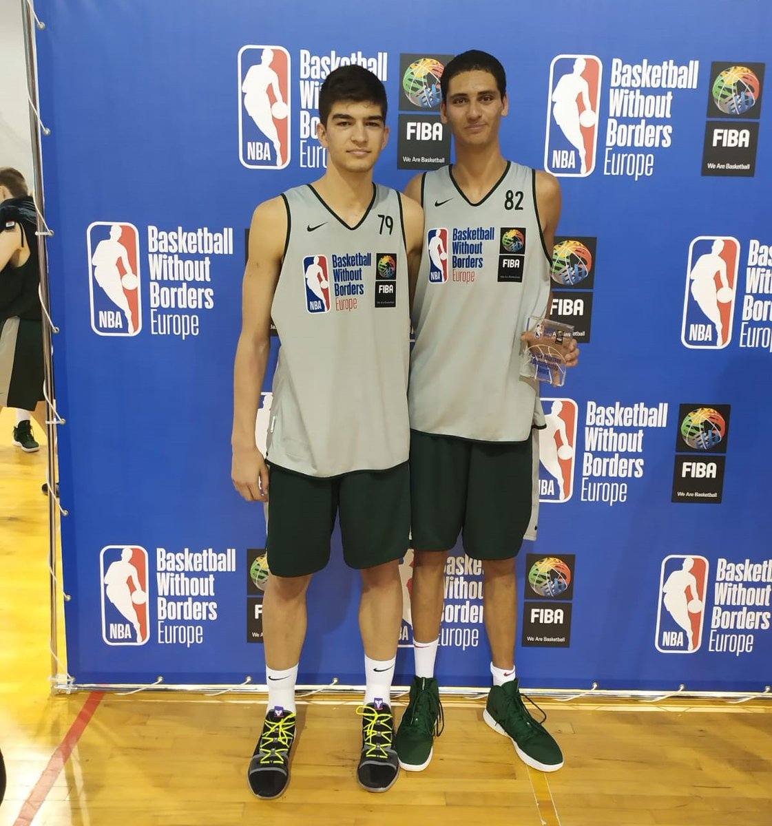Levy y Stoilov, en el Basketball Without Borders
