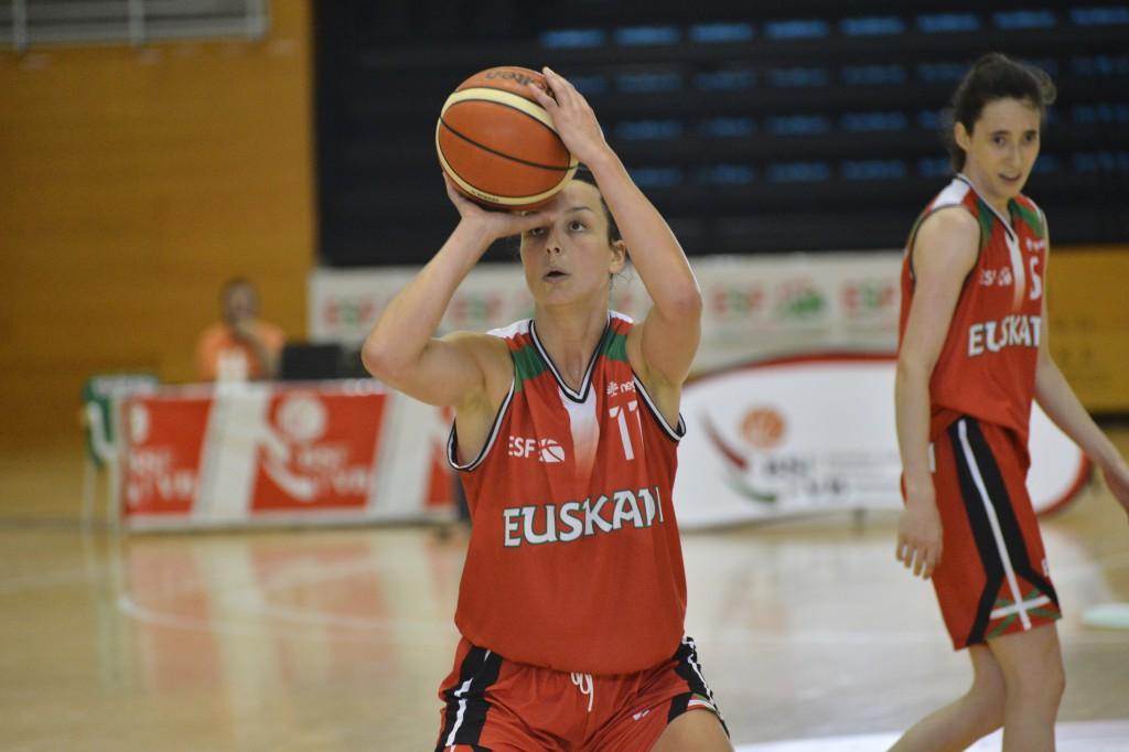 Gracia Alonso, con la selección de Euskadi