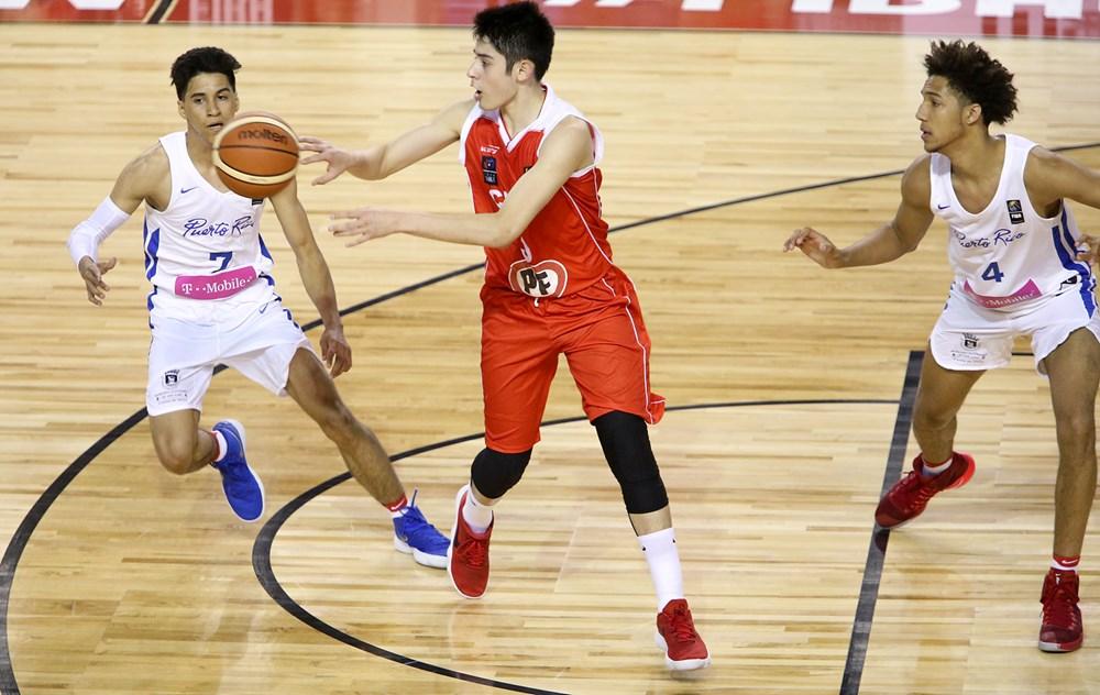 Nacho Arroyo, con Chile U21M