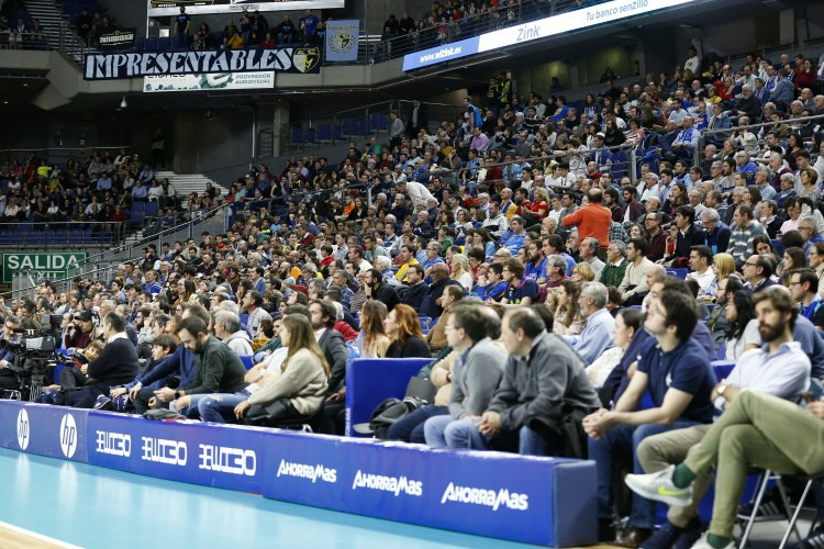 Informe: crece la asistencia pese al momento deportivo