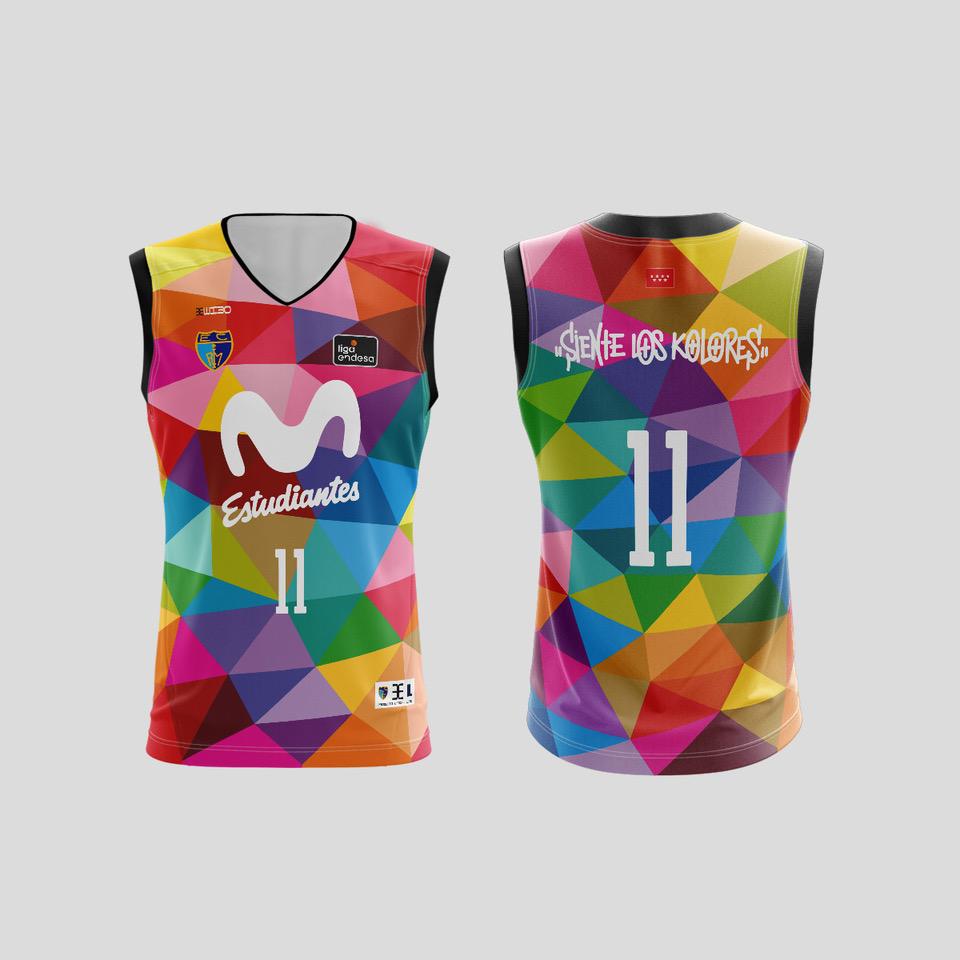 Camiseta y cubre diseñados por Okuda, ya disponibles