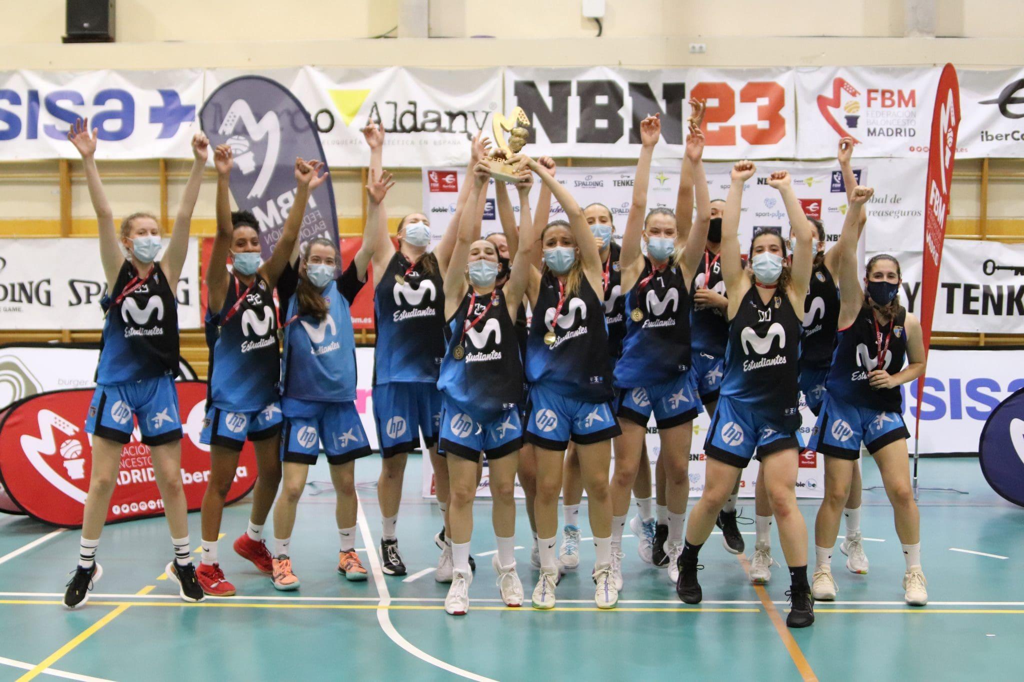 Las cadetes, campeonas invictas de Madrid
